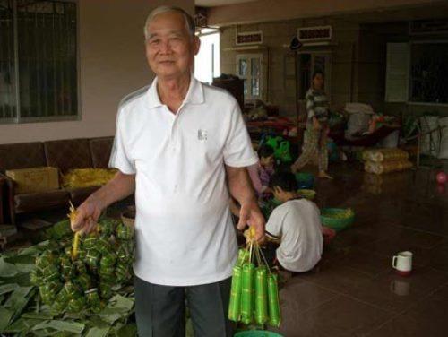 Một cơ sở sản xuất nem ở Lai Vung