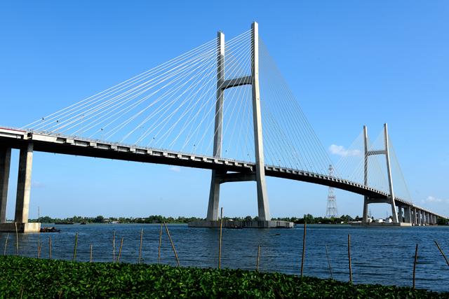 Cầu Cao Lãnh nối đôi bờ sông Tiền - Ảnh: Báo Đồng Tháp online