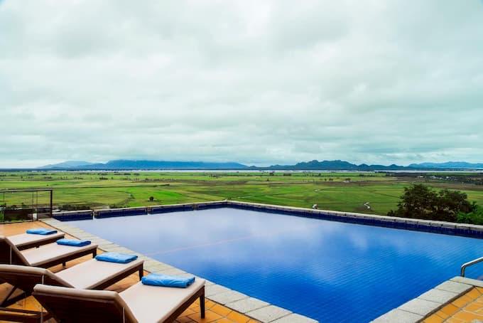 View tuyệt đẹp nhìn từ Victoria Núi Sam Lodge