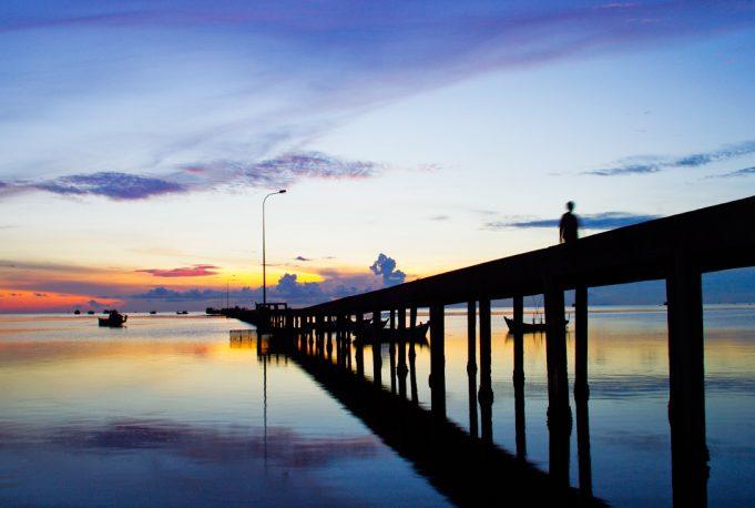 Cầu tàu Làng chài Hàm Ninh