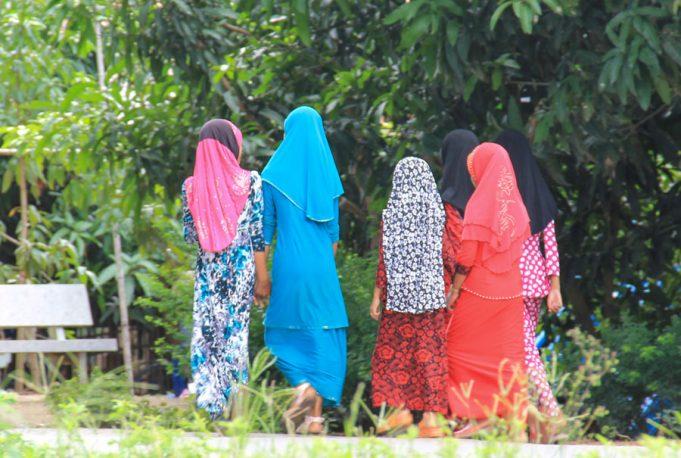 Phụ nữ Chăm ở An Giang