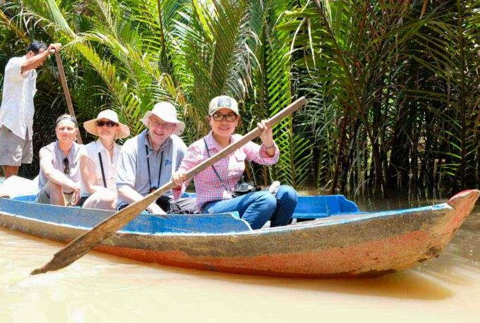 tour-du-lich-mien-tay-1-ngay-my-tho-ben-tre-5